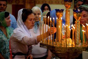 Как в Запорожье за мир в Украине молились на разных языках