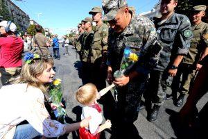 Замоблвоенкома: Сегодня на парад пришли патриоты, которые готовы в любую минуту защитить Родину