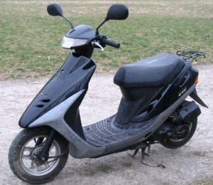 Жителю Бердянска вернули украденный скутер