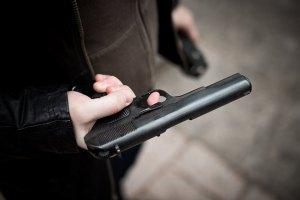 Жителя Запорожской области ранили из травматического пистолета
