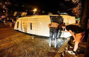 В сети появилось видео крупной аварии с маршруткой в Запорожье