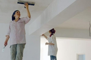 Запорожцев просят помочь отремонтировать дом малообеспеченной семье