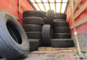 Запорожская таможня выявила больше сотни контрабандных колес