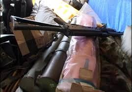 Трое военных пытались провезти в Запорожскую область оружие