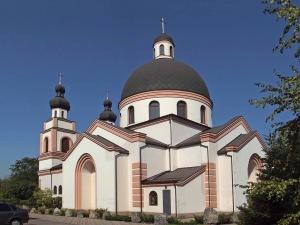 День в истории: 2 октября в Запорожском Католическом храме начали проводить Службы