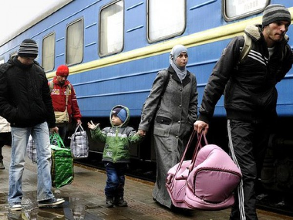 Запорожские чиновники заверили, что переселенцы обеспечены одеялами