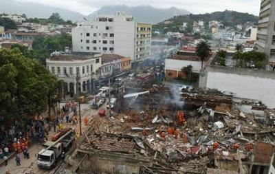 Взрыв в Рио-де-Жанейро разрушил десятки домов