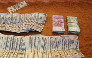 Как милиция изымала у валютчиков в Ровно миллион гривен