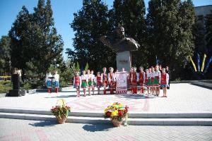 Как открывали обновленную площадь имени Шевченко в Запорожье