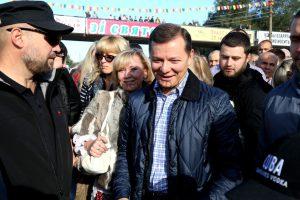 Покровскую ярмарку в Запорожье посетил радикал Ляшко