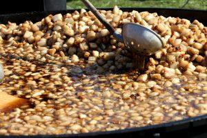 Как на Покровской ярмарке запорожцы бутерброды готовили