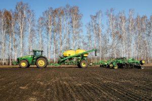 Запорожские аграрии намолотили более 2 млн тонн зерна