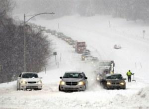 Запорожская ОГА будет круглосуточно реагировать на неблагоприятные погодные условия и ЧП на дорогах