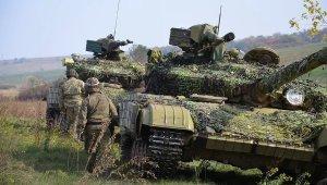 Танков больше нет: И боевики и украинские бойцы заверяют, что отвели тяжелую артиллерию