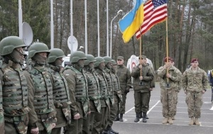ВР разрешила НАТО провести учения в Украине