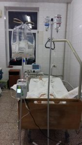 Запорожскому бойцу, который пострадал в результате пожара в военном лагере, срочно нужна помощь!