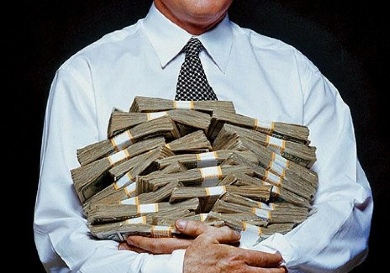Запорожцы направили в бюджеты почти 2,8 миллиарда гривен