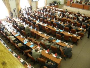 Депутаты отложат вопросы декоммуниказации