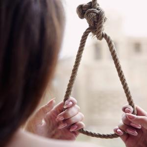 Убийство или самоубийство: 24-летняя девушка оставила предсмертную записку