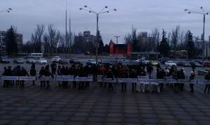 Под зданием ЗОГА митингуют аграрии