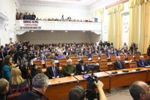 Очередной тайм-аут: депутаты решили продлить перерыв еще на час