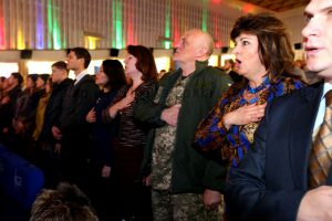 Запорожских патриотов наградили ко Дню волонтера