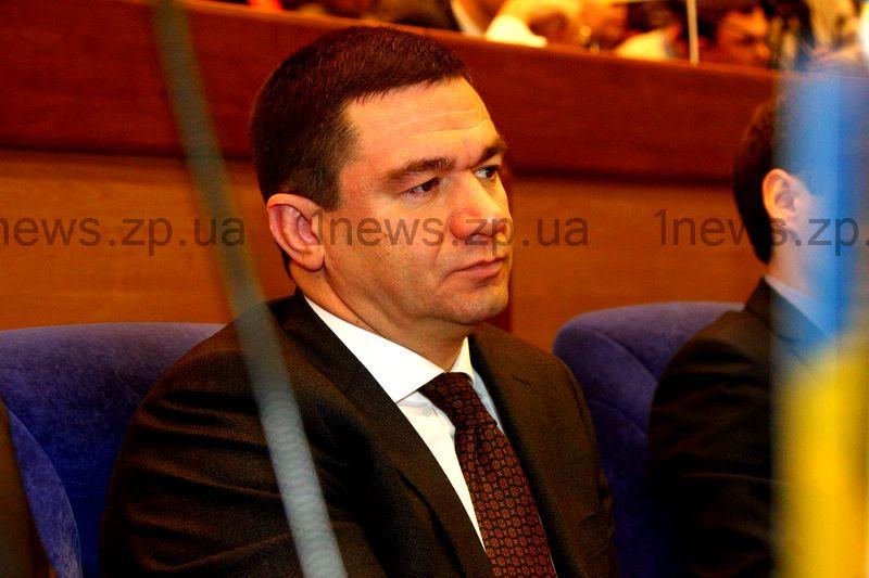 Кабмин просит Порошенко уволить двух губернаторов