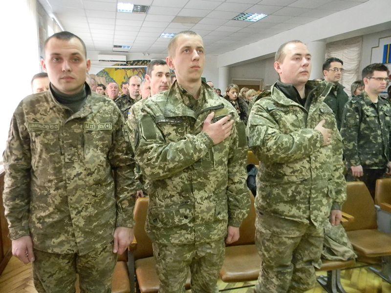 Как в Запорожье лучших военных награждали