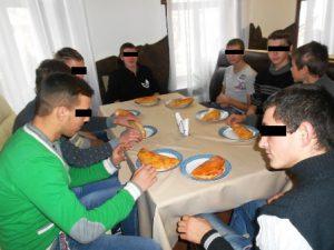 В Запорожской области для трудных подростков устроили