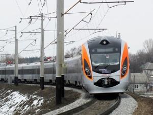 После Нового года билеты на поезд Запорожье-Киев подорожают