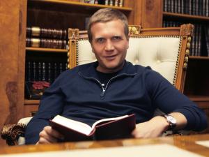 «Олимпийский» юрист найден повешенным в Москве