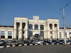 На запорожском вокзале продолжает работать