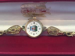 На запорожском аукционе продают часы от экс-мэра Киева