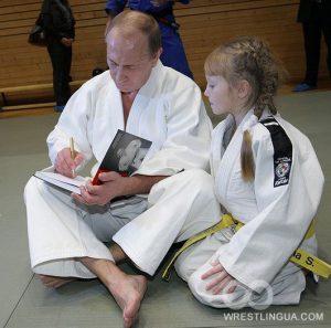 Путин показал свою тренировку по дзюдо
