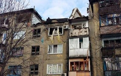 На Донбассе в многоэтажке произошел взрыв, под завалами остается ребенок