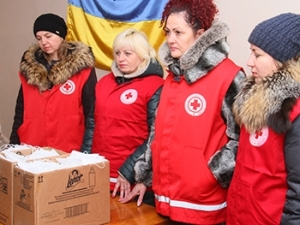 Мелитопольцам раздали 1,5 тыс. медицинских повязок