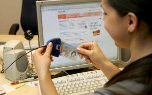 Запорожцам не советуют спешить с оформлением ID-карты