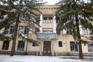 Здание, которое должно было стать музеем природы Хортицы, разрушено и разграблено