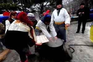 Волонтеры передадут запорожским бойцам 16 тысяч гривен