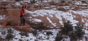 Канатоходец погиб после падения с 30-метровой высоты
