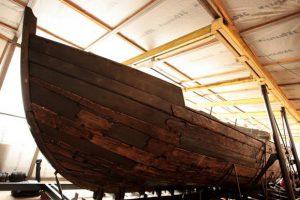 День в истории: Запорожцам показали отреставрированную «чайку»
