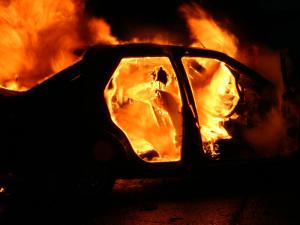 В Запорожье ночью сгорел автомобиль
