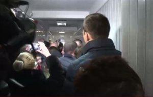Экс-торнадовцы штурмуют киевский суд