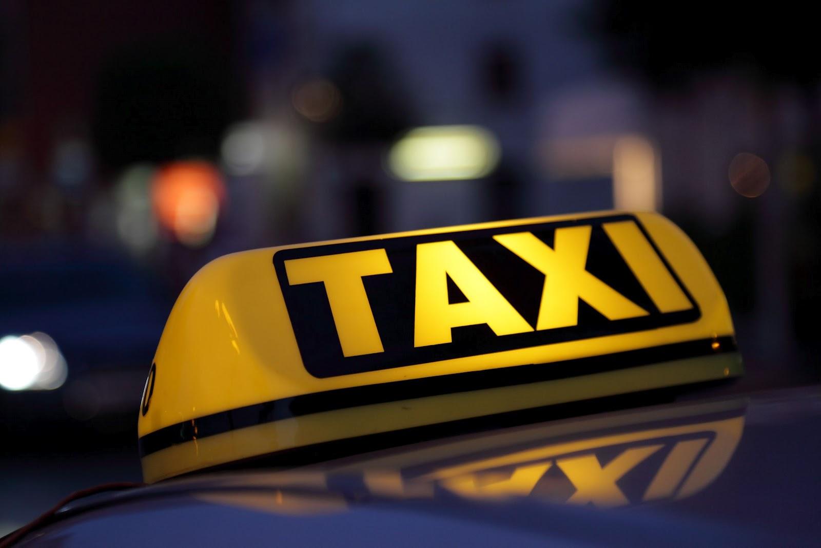 В Запорожье суд оштрафовал мужчину, который перевозил людей в своем авто без лицензии таксиста