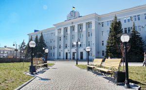 Мэр Бердянска обещает тотальную чистку админотдела исполкома