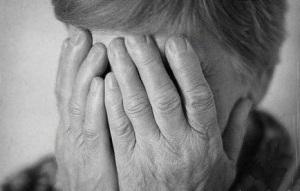 «Развод» по-соседски: Пенсионерка оплатила «лечение» соседки