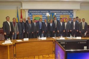 Депутаты горсовета просят старших коллег из Верховной Рады не игнорировать свои обязательства и посещать сессии