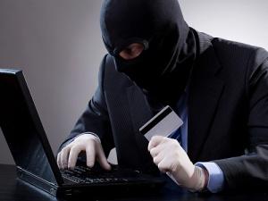 Жительница Бердянска «пополнила» счет мошенникам на 6600 грн
