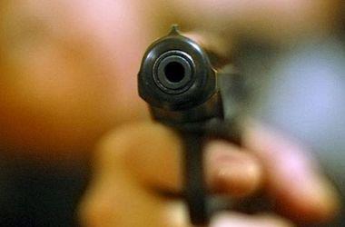 В Запорожье ночью в общепите мужчина устроил стрельбу - ФОТО