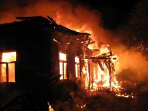 В частном секторе Мелитополя горела постройка